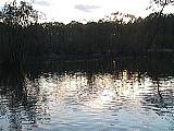 三宝寺池と夕空